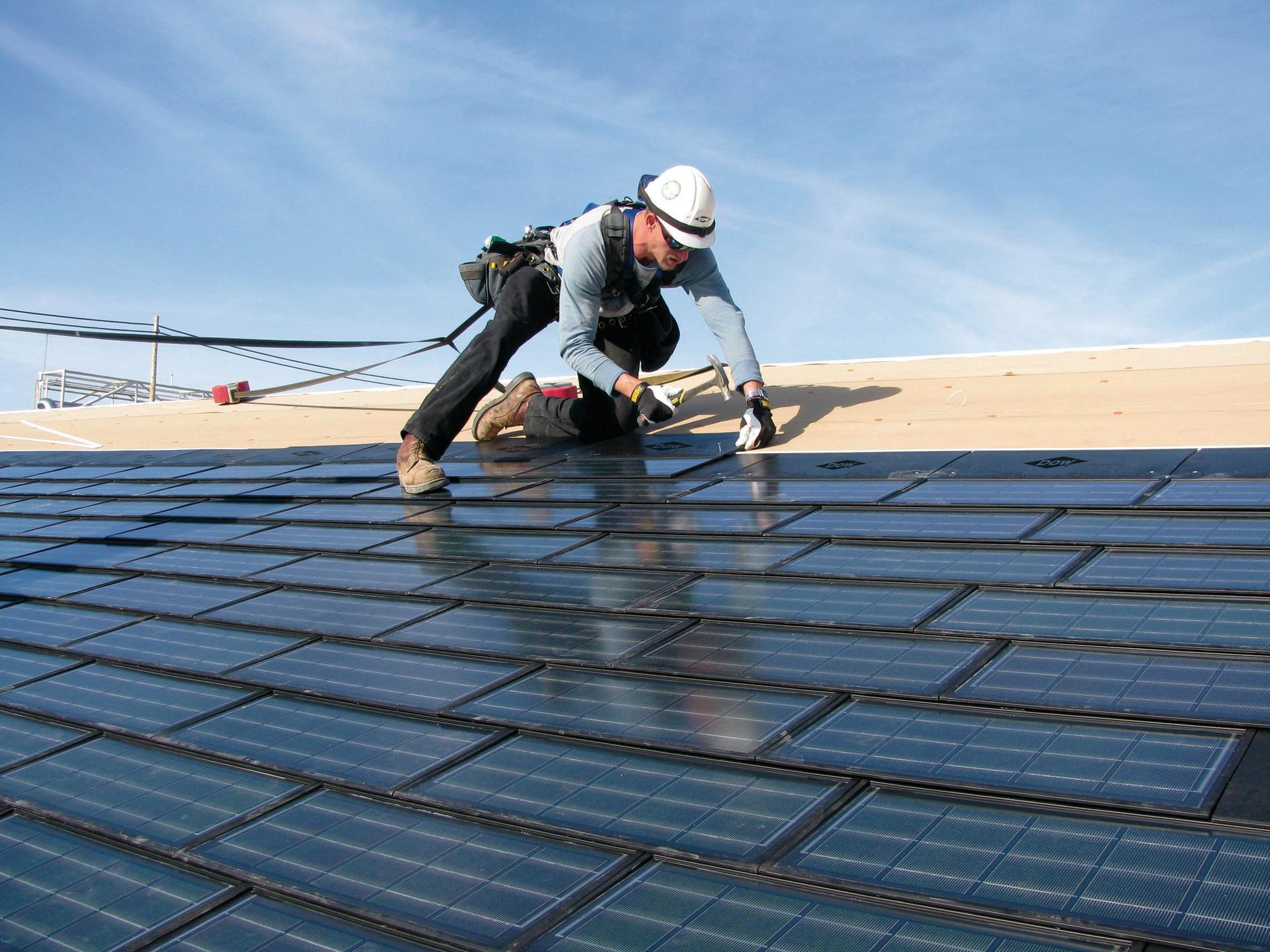 Choosing a Commercial Roofing Repair Contractor